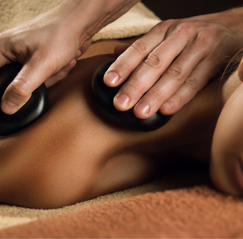 massage using stones